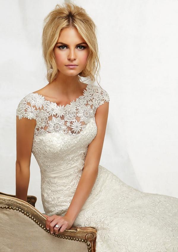 Types of wedding dresses dressshoppingonline for Different necklines for wedding dresses